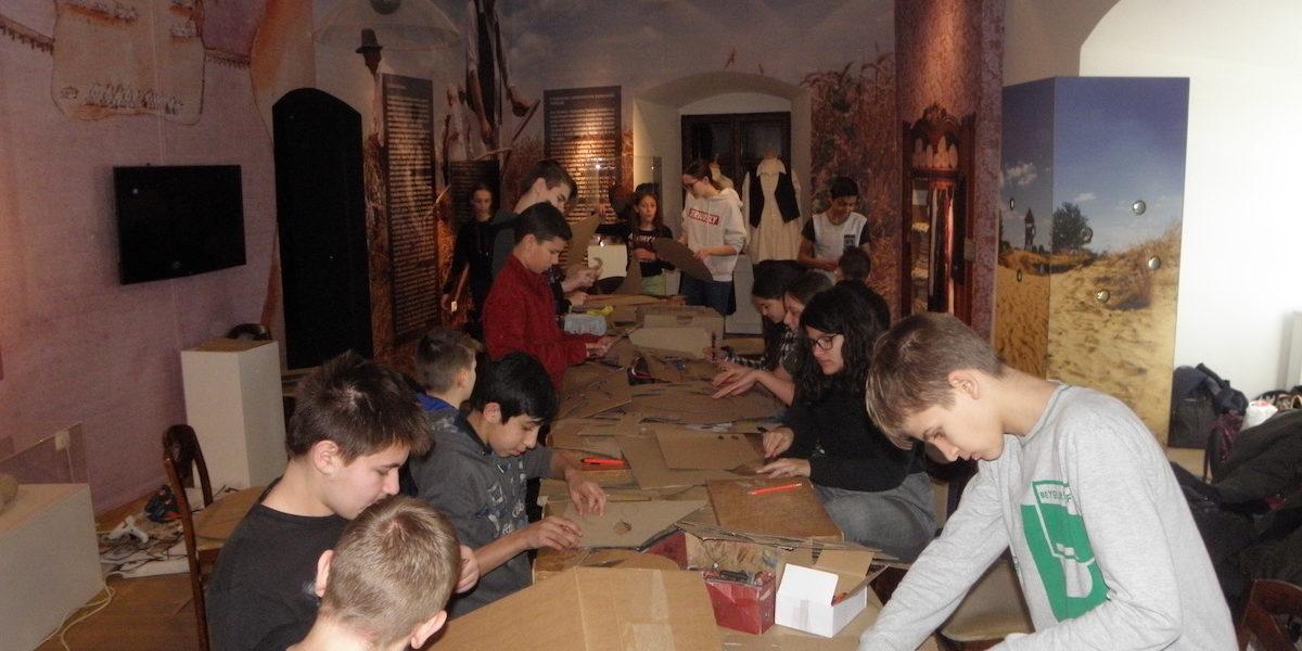 Učenici u Muzeju Grada Đurđevca izrađivali fašničke maske