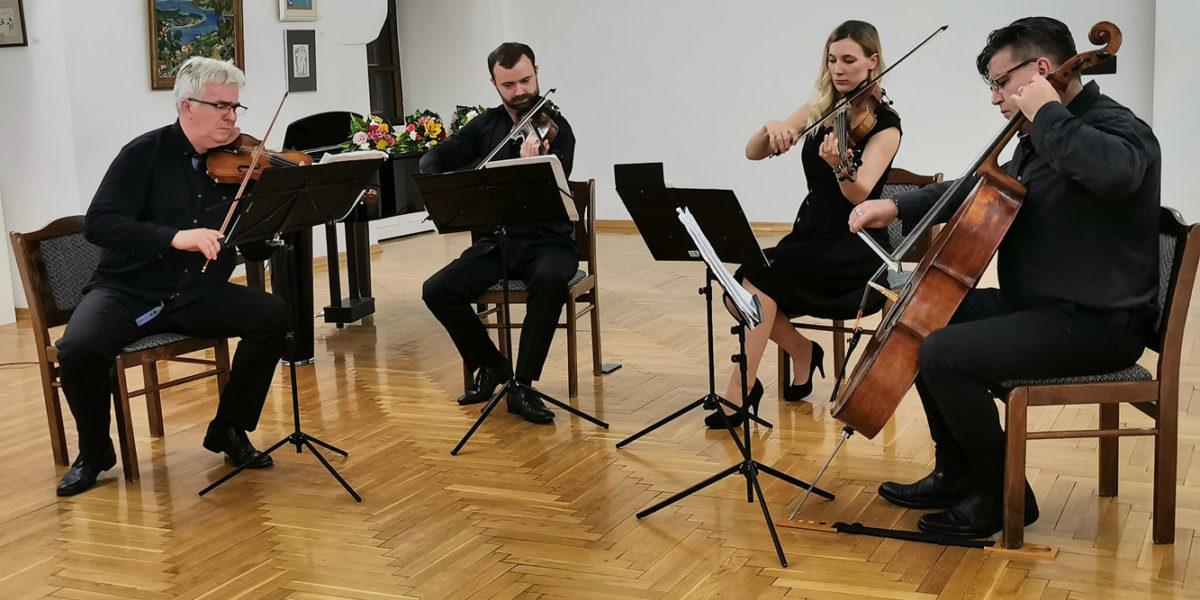 Ljubitelji glazbe ispunili veliki salon Muzeja Grada Đurđevca